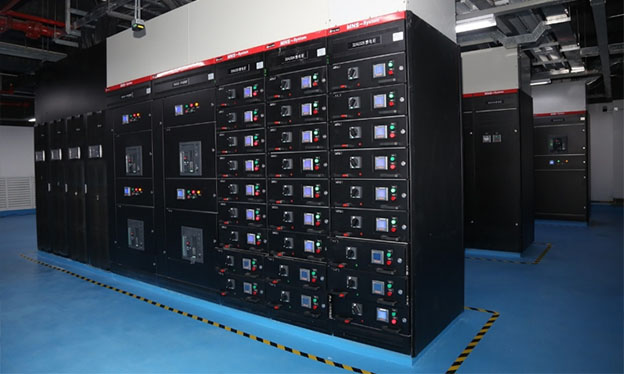 In response to the 5A challenge, Delta utilizes its DPH 500kVA Series UPS, which is designed for ultra-large-scale IDCs, employs the latest technologies, and has the highest power density in the industry
